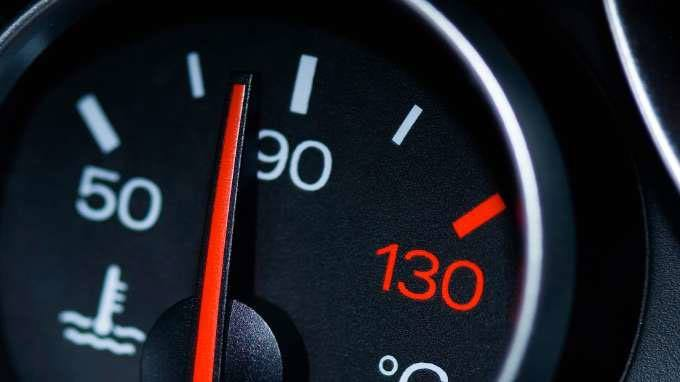 What To Do If Car Overheats >> What Does a Car Thermostat Do? Deciphering a Faulty Thermostat!