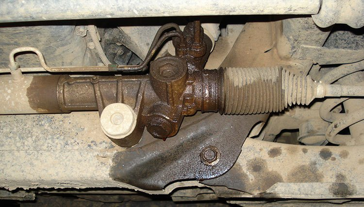 Rack And Pinion Leak >> How To Fix A Power Steering Leak In 9 Easy Steps Check It Now